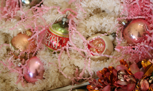 Shipped ornaments