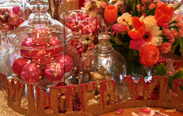 Valentine table center