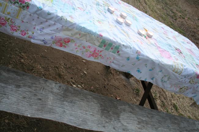 Camping tablecloth 2