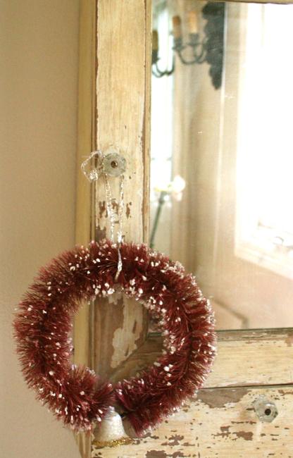 Wreath in guest bath