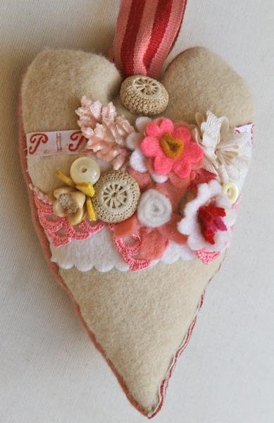 Felt flower heart