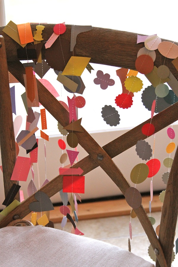 paper chains,paper garland