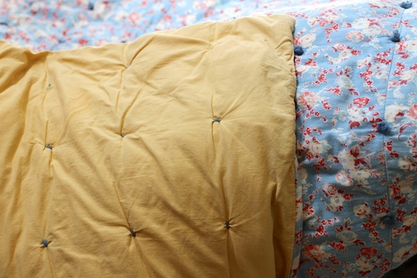 Flea market blanket