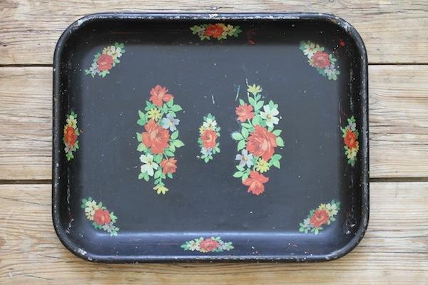 Flea market tray