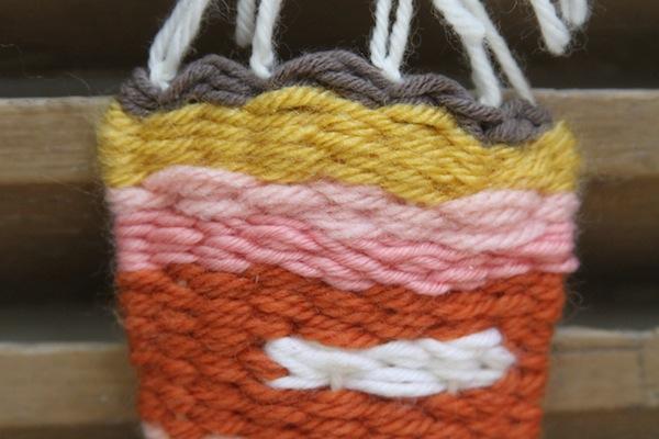 Weaving palettes