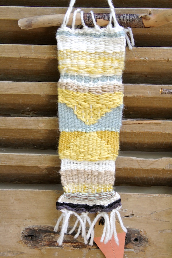 Third hand weaving