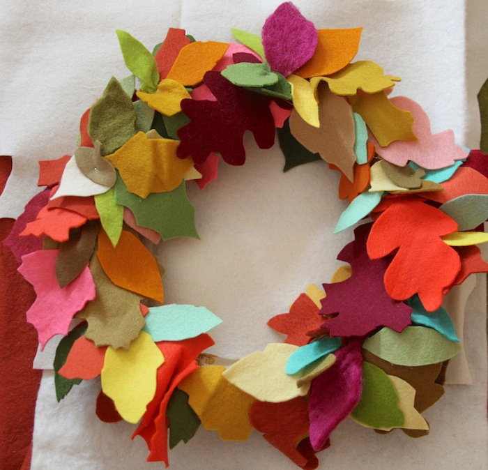 Pam Garrison fall felt wreath diy
