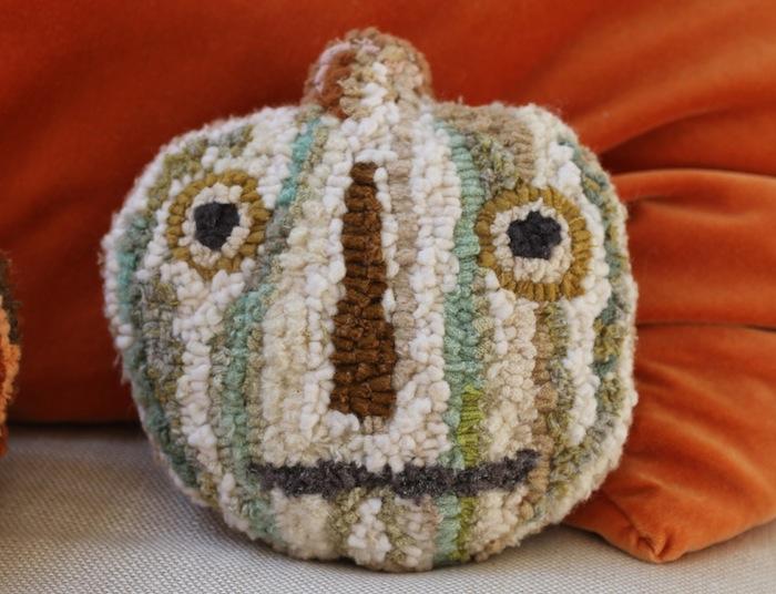 Pam Garrison hooked pumpkins 5