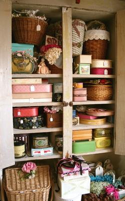Inside_cupboard_1